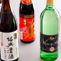 ◇ワイン、地元のお酒も各種取り揃えております◇