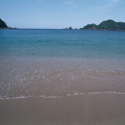 透き通る海水も、特長です。