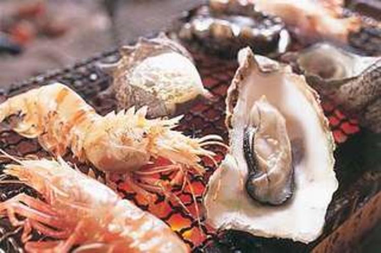 炭火焼・エビと牡蠣