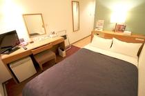 セミダブルルーム■ベッド幅125cmのエコノミータイプ・シモンズベッド