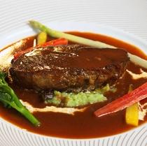 上州牛ほほ肉の赤ワイン煮込み