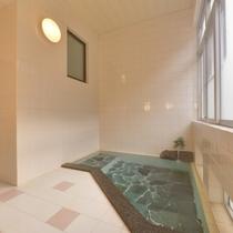 *大浴場(女性)懇々と湧き出る温泉を心ゆくまでお楽しみいただけます。