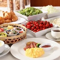 こだわりの朝食。ご宿泊の方は700円です(チェックイン時までにご予約頂いた場合)