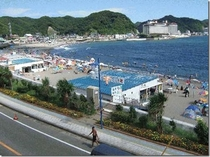 内浦海水浴場(当館より車で約15分)