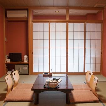 3階和室<高反発マットレス>☆山側8畳(トイレ付)