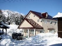 プチホテルアッサム冬景色