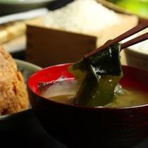 *手作りのお味噌で作ったお味噌汁
