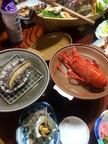 アワビ踊り焼+伊勢えび陶板焼き+S級サザエ