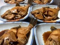とーちゃんが釣ったカワハギ今日は煮つけでお召し上がり~♪