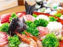 漁師町ならではの豪快な料理を堪能してくださいね!
