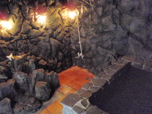 洞窟風露天風呂