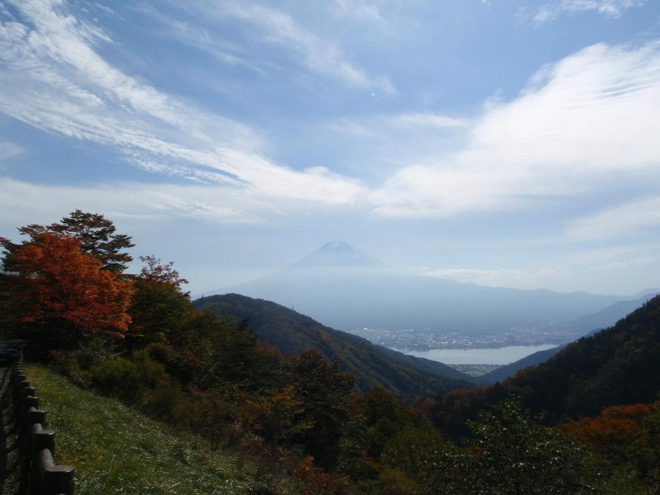 天下茶屋からの河口湖と富士山