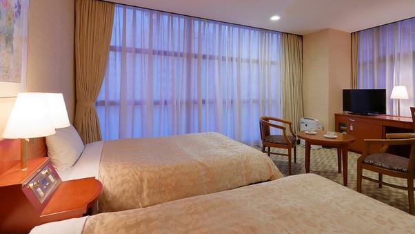 ◆【DXツイン喫煙】ベッド幅140cm&120cm/34平米