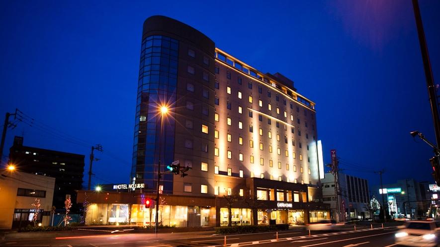 ホテル外観【斜めから】夜