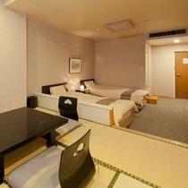 【東館・和室6帖+ツインベッド】和洋室タイプです