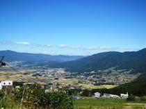 庭から木島平村絶景