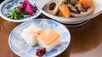 *<夕食一例>富山名物のます寿司・ぶり寿司