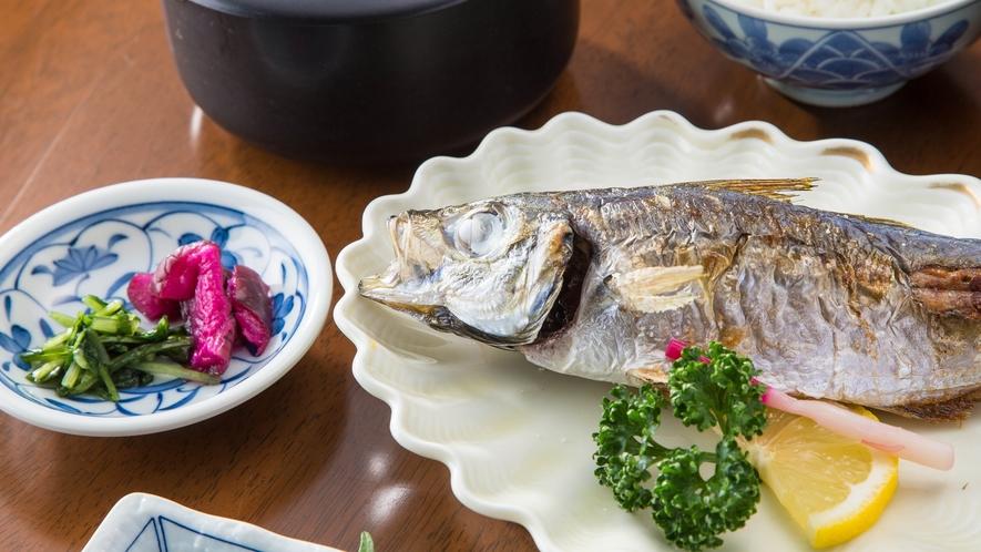 *<夕食一例>食材は富山ならではのものや旬のものをご用意。