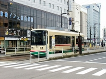 JR富山駅からは市内電車をご利用ください