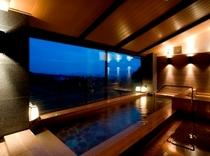 天然温泉からの夜景