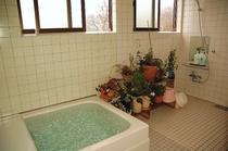 女性用共用風呂
