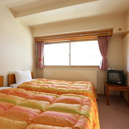 ツインルームは一番狭いお部屋ですが、リーズナブル価格となります。