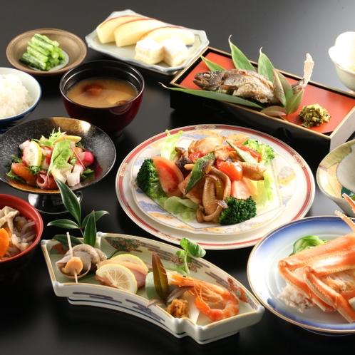 夕食一例。品数多く取り揃えお食事をお楽しみいただけます