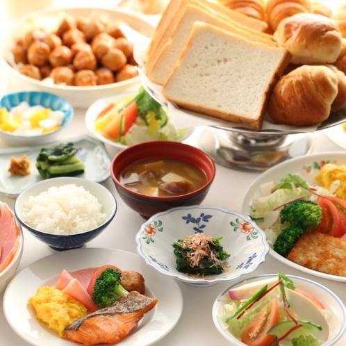 朝食もボリューム満点!たっぷりとお召し上がりください