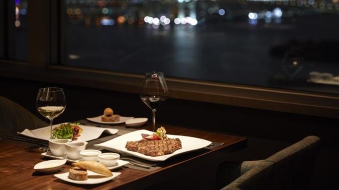 【記念日におすすめ】高層レストランで夜景を愉しむ贅沢ディナーコース/夕朝食付