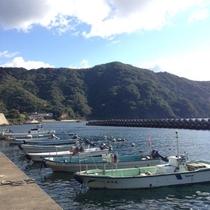 藤乃屋前の海