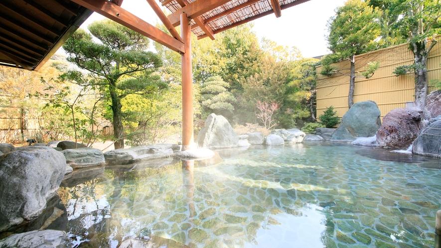 夢殿 二の湯 露天風呂