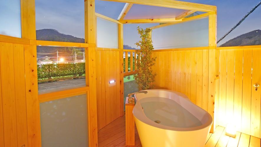 本館露天付き客室(非温泉)露天風呂一例