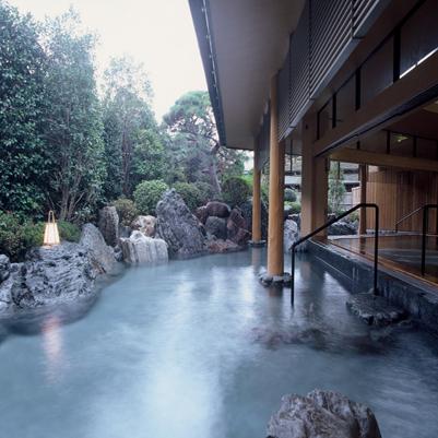 本館大浴場「夢殿」の露天風呂