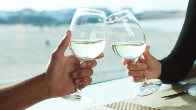 【カップルプラン】二人で過ごす休日。 最大21時間滞在♪≪ワイン&色浴衣特典付き≫バイキングプラン