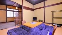 *和洋室ダブル(客室一例)/足を伸ばしてのんびり寛ぎ、夜はベッドで安眠の夜をお過ごし下さい。