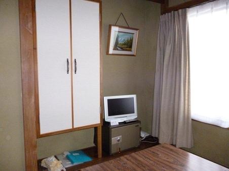 和室4畳半 インターネット無料LAN接続【禁煙】