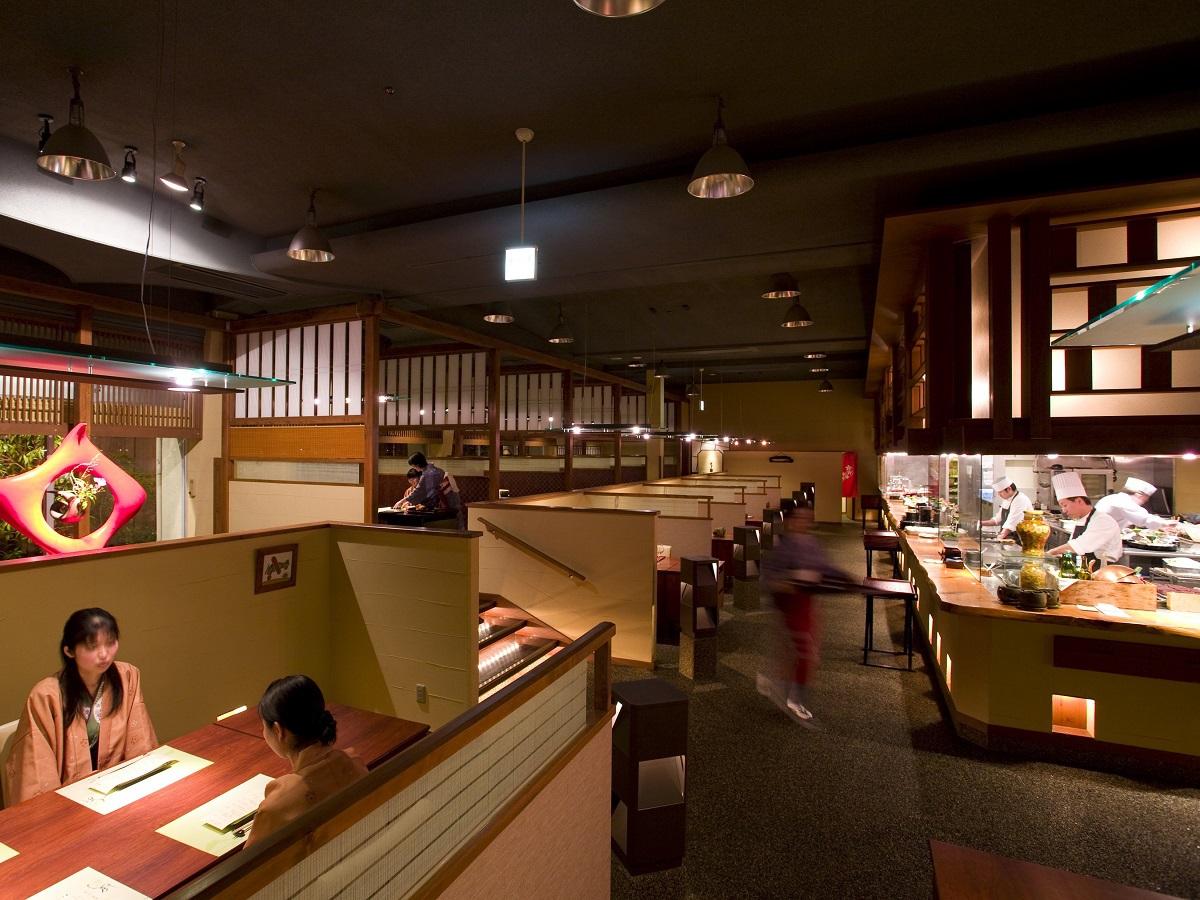 四季彩ダイニング美厨(みくり)/出来立てのお料理を提供する食の感動、ライブキッチン