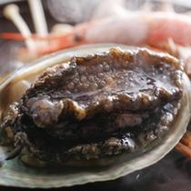活アワビと海鮮焼き