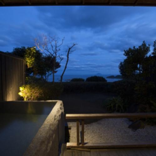 【御影】海を臨むプライベート露天風呂付客室、和室10畳。