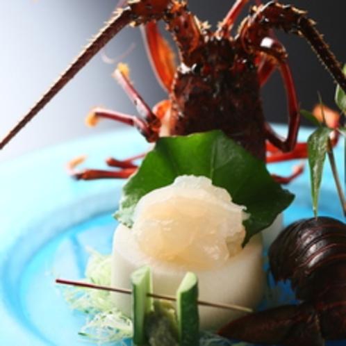 【ご夕食一例】風味豊かな伊勢海老のお造り