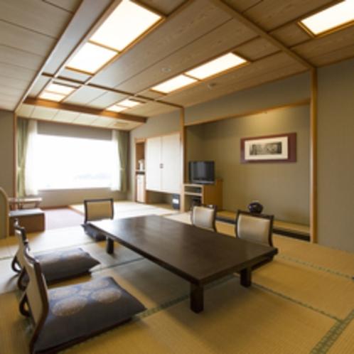 【特別室 和洋室(12畳+3畳+ツイン)】和室10畳+ツインのベットルーム。