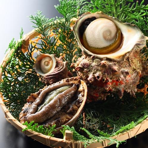 【ご夕食一例】海の恵みをお楽しみください