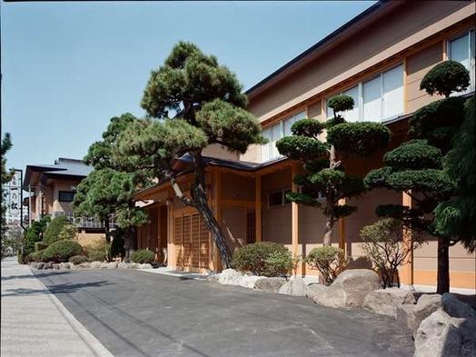 【スタンダードプラン】純和風旅館で寛ぎの時間を…〜朝夕共にお部屋食〜【輝-かがやき-の膳】