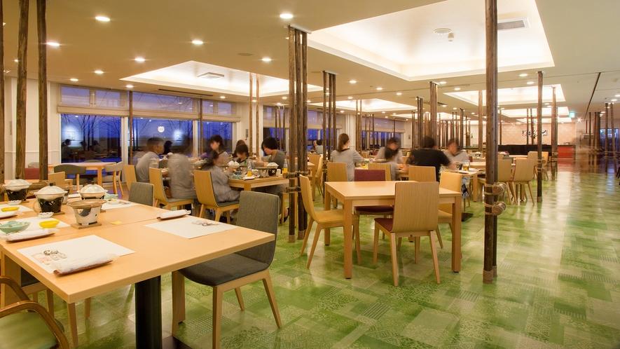 【ご夕食】バイキング レストラン楡の森