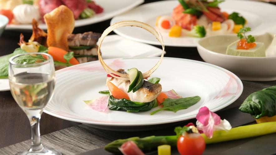 十勝の食材を和洋折衷の「創作膳」で洋食ベースの特別なお献立をお楽しみください。