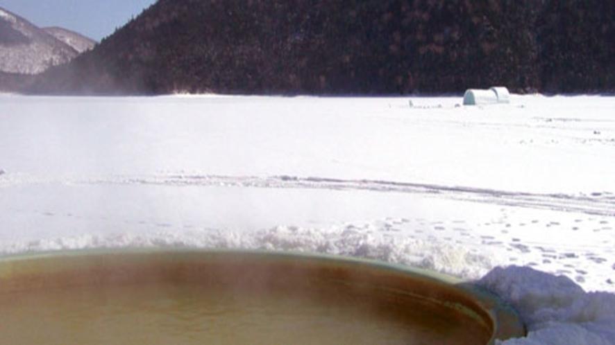 【然別湖コタン】氷上露天