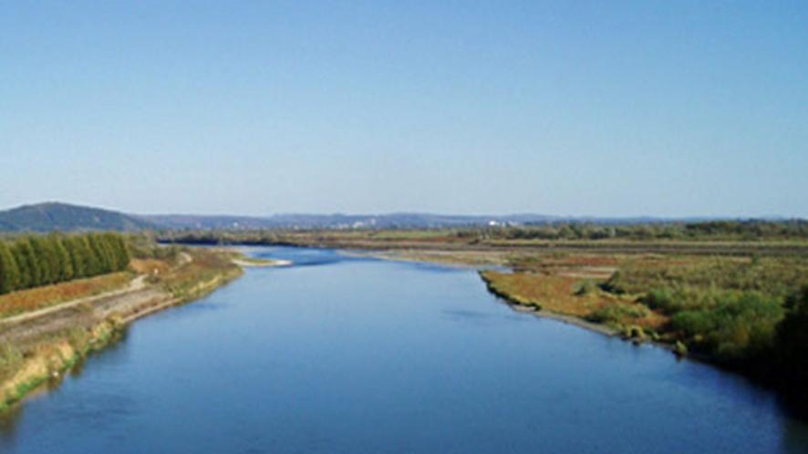 雄大な十勝川の大自然