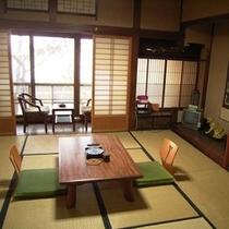 二階海側和室(一例)