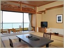 海側 和室12.5畳客室