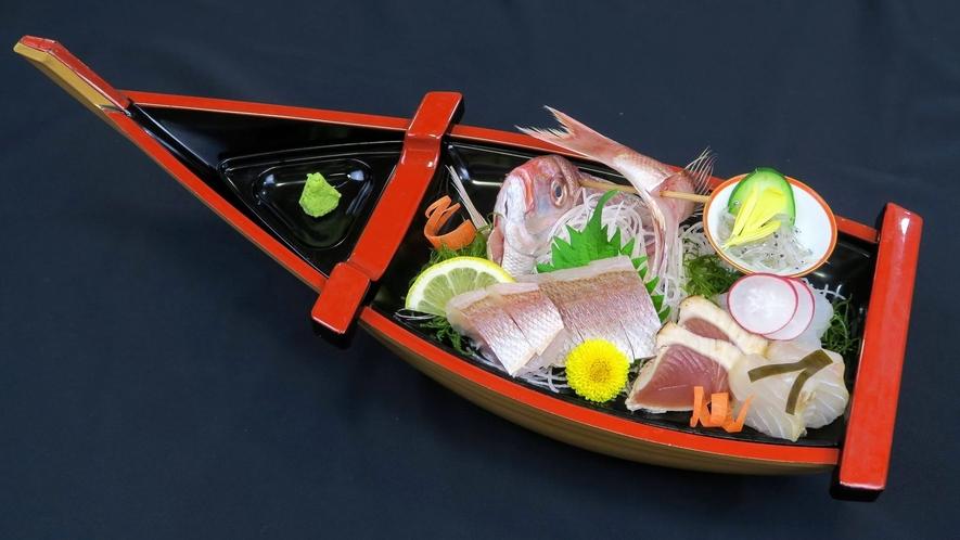日立久慈漁港水揚げ 地魚の造り (夕食料理イメージ)